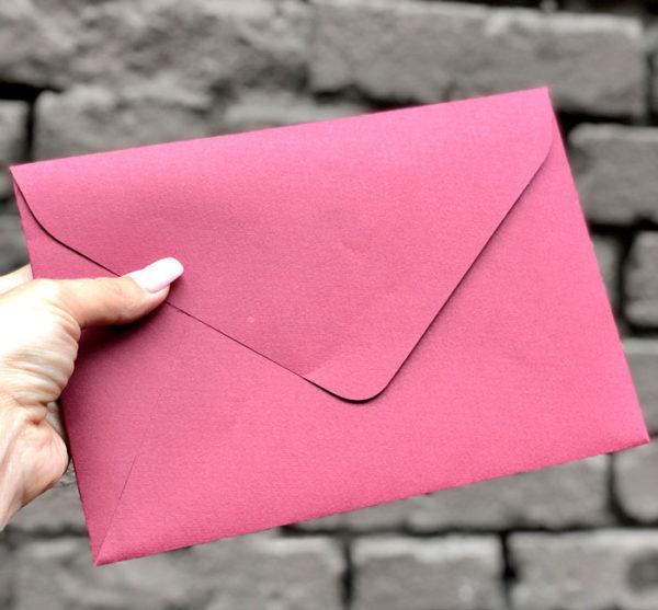 Подарочный крафт конверт С5. С6