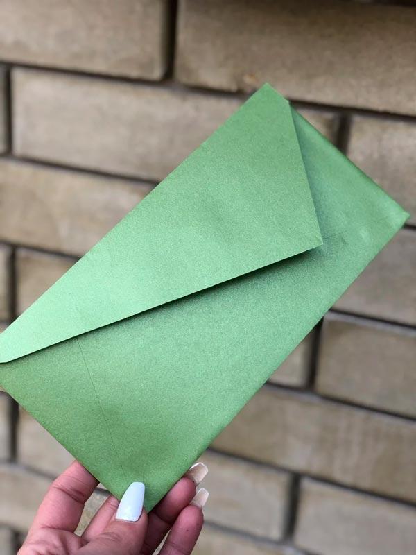 цена на Перламутровый конверт DL подарочный