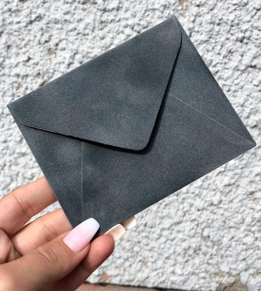 Бархатный декоративный конвертик купить